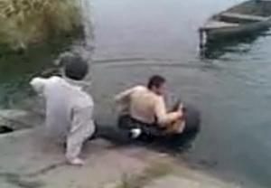 Прикол с пьяным – чуть не утонул
