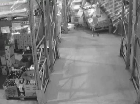 Авария на складе