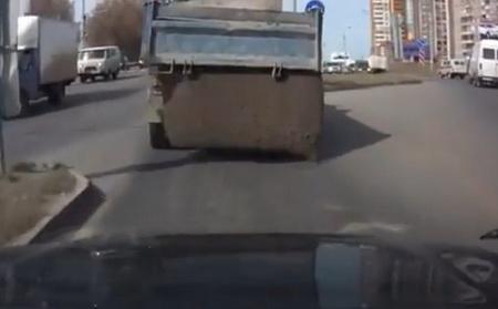 Вот так в России возят цемент